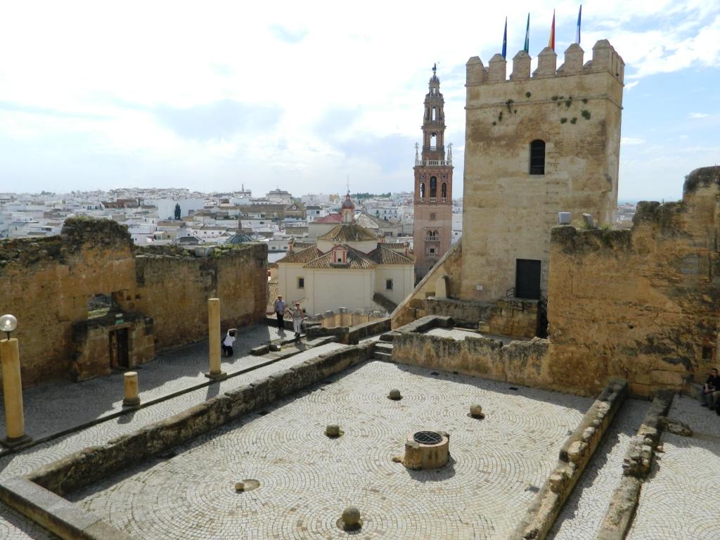tour da Siviglia a Cordoba - La città-monumento di Carmona.
