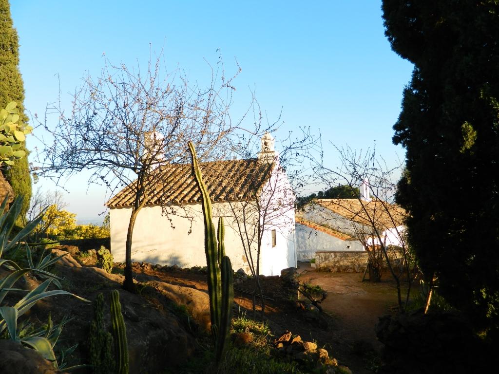 Una terrazza di meditazione sulla città: Las Ermitas di Cordoba - Andalusia, ...