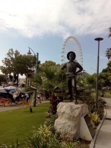 Cosa vedere a Malaga - Il Cenachero e la ruota panoramica.