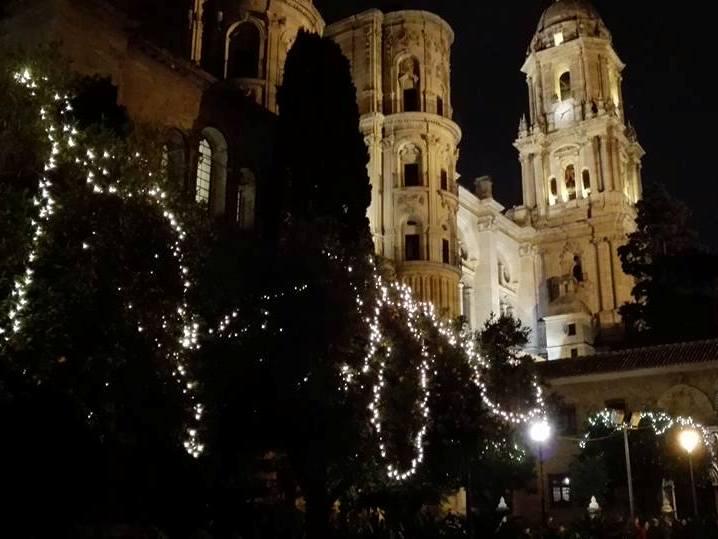 """La """"manquita"""" di Malaga adornata."""