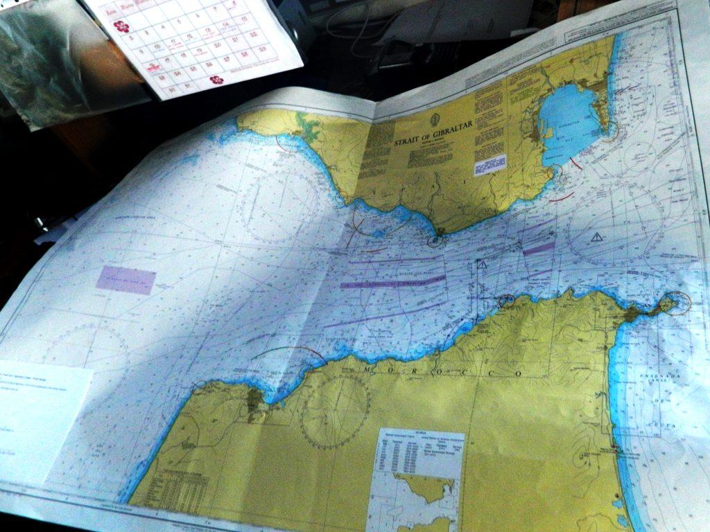 Le carte nautiche dello Stretto.