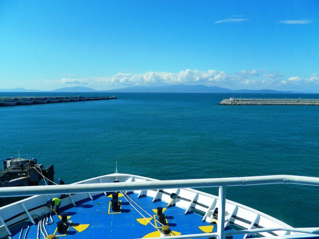 traghetto stretto marocco balearia costa