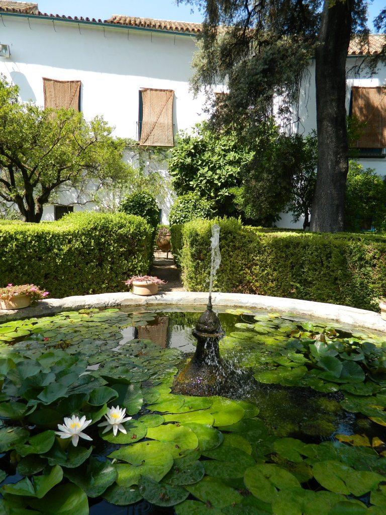 Palacioa_Viana_Cordoba_giardino_fontana