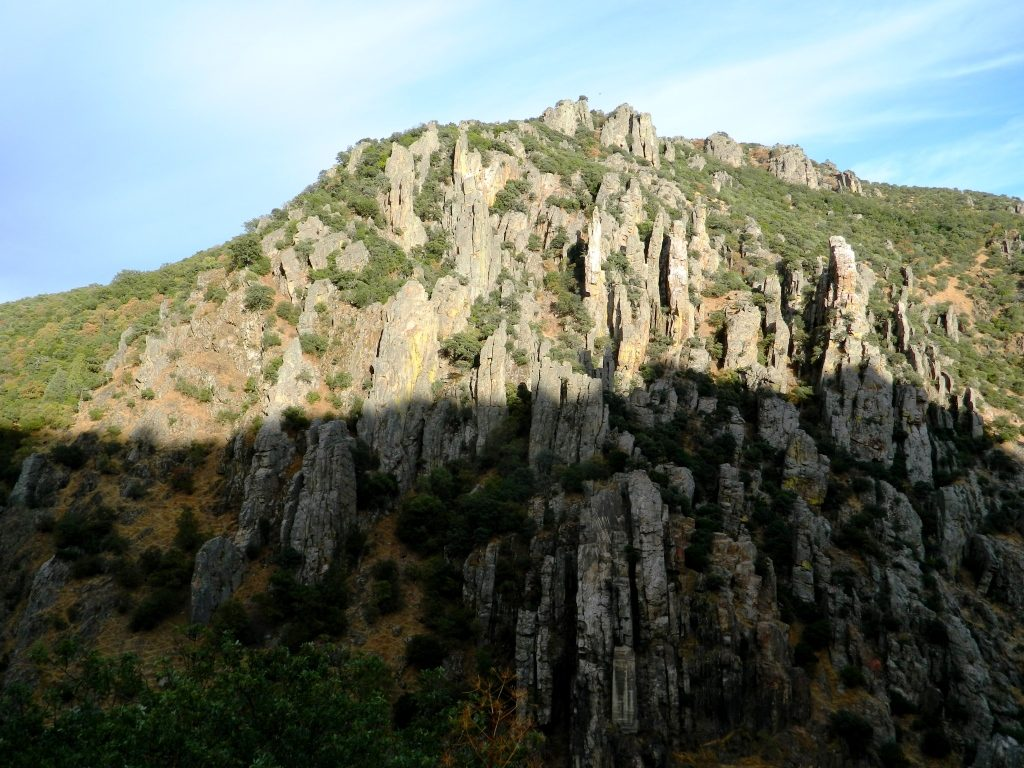 despenaperros_cosa_vedere_jaen_andalusia_organos_monumento_naturale