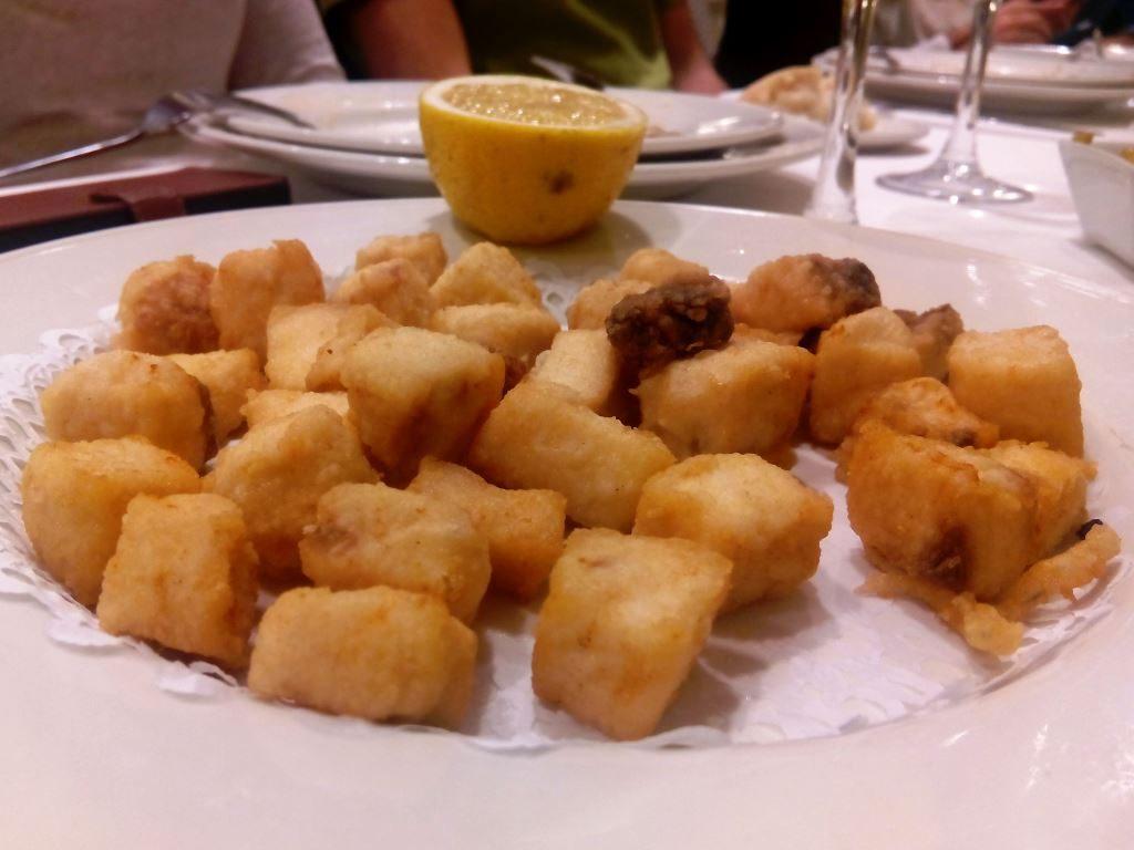 marbella_andalusia_malaga_spaigge_pesce_fritto_calamar
