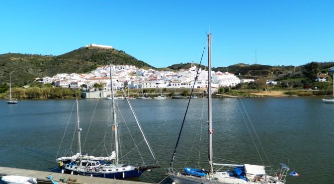 Risalendo l'estuario del Guadiana tra Portogallo e Andalusia