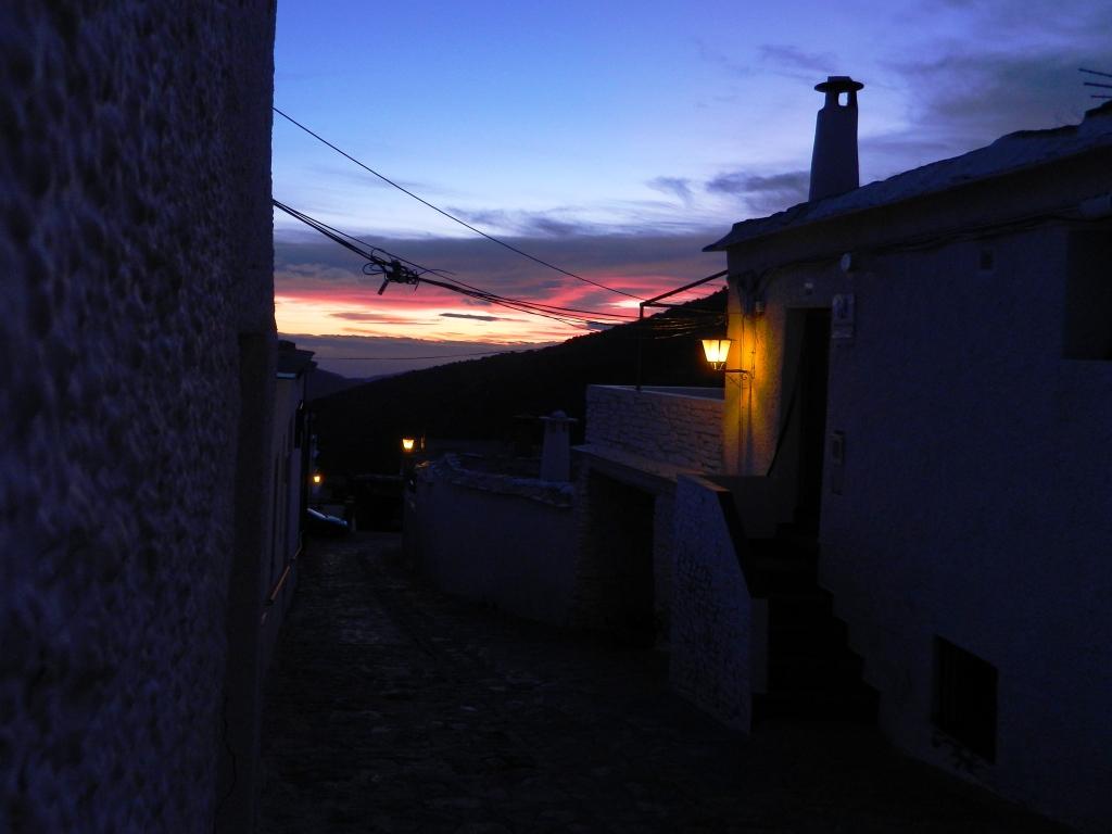 Cosa vedere Bubion_Alpujarra_granada_calle noche