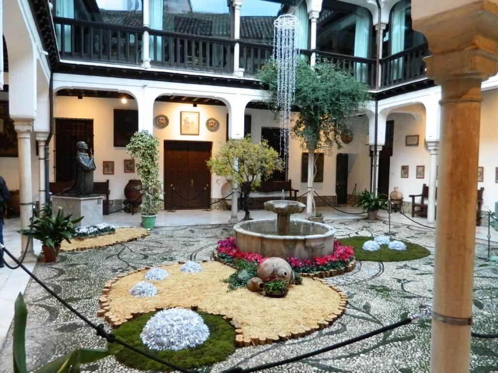 Cosa-vedere-a-Granada_Casa-pisa_Andalusia