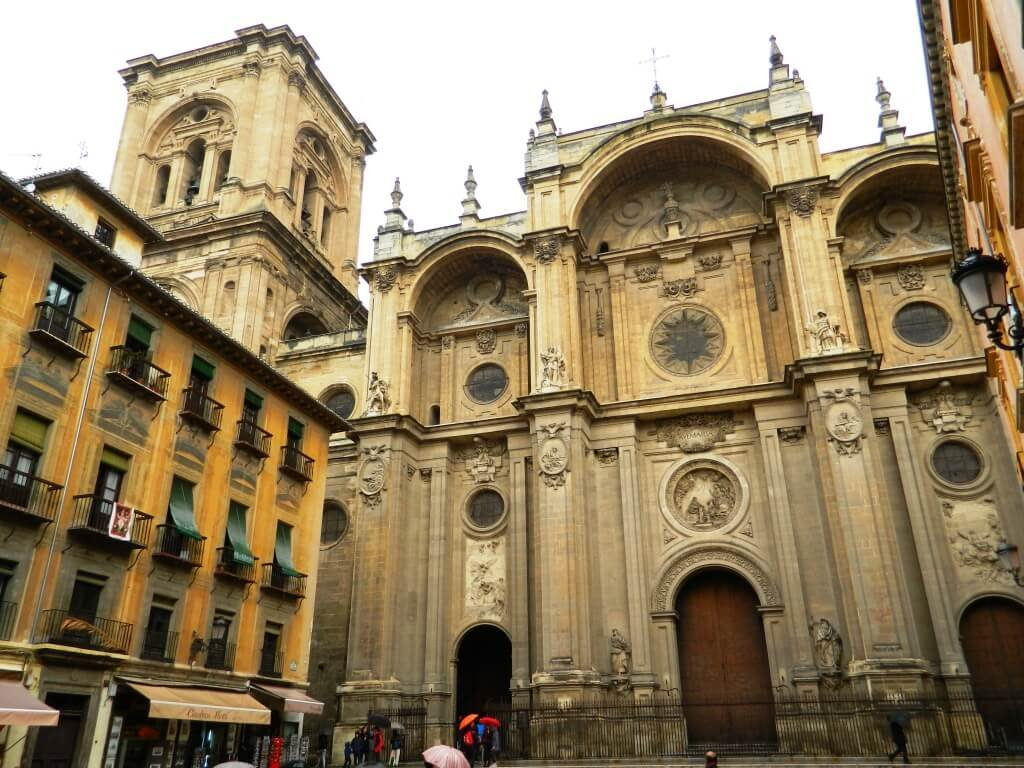 Cosa-vedere-a-Granada_Cattedrale_esteriore