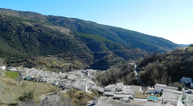 Da Busquístar saliamo sino a Trevélez, il paese più alto della Spagna