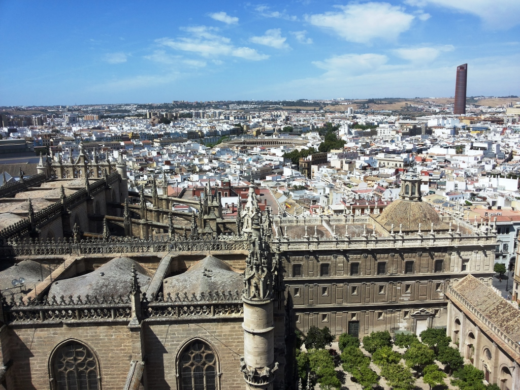 Cosa vedere siviglia cattedrale PAtio de naranjos