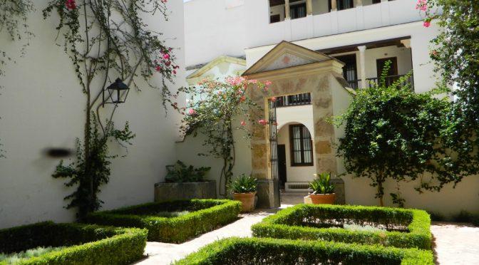 Dormire a Las Casas de la Judería, contemplando l'identità di Cordoba