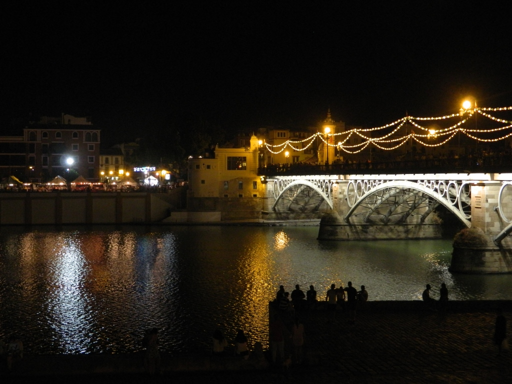 Vela_Santa_Ana_triana_Siviglia_ponte
