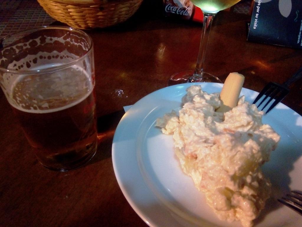 cosa_mangiare_andalusia_tapas_ensaladilla
