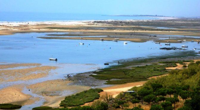 Paesaggi fiabeschi e ostriche nell'Algarve, il segreto di Cacela Velha