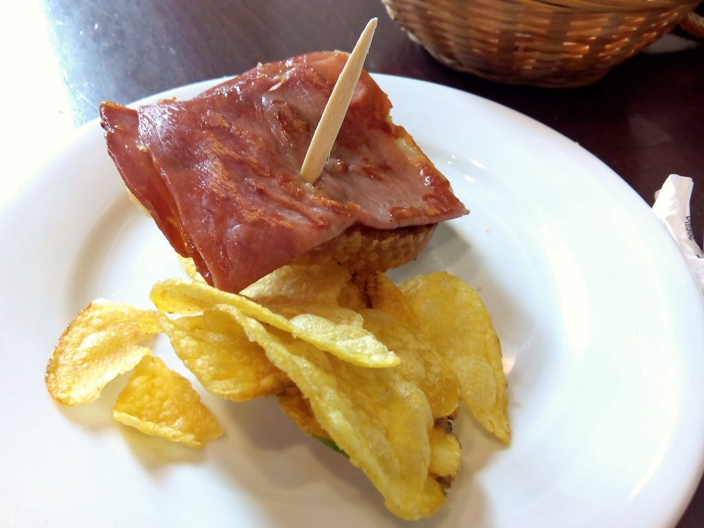 Mangiare_Siviglia_jamon