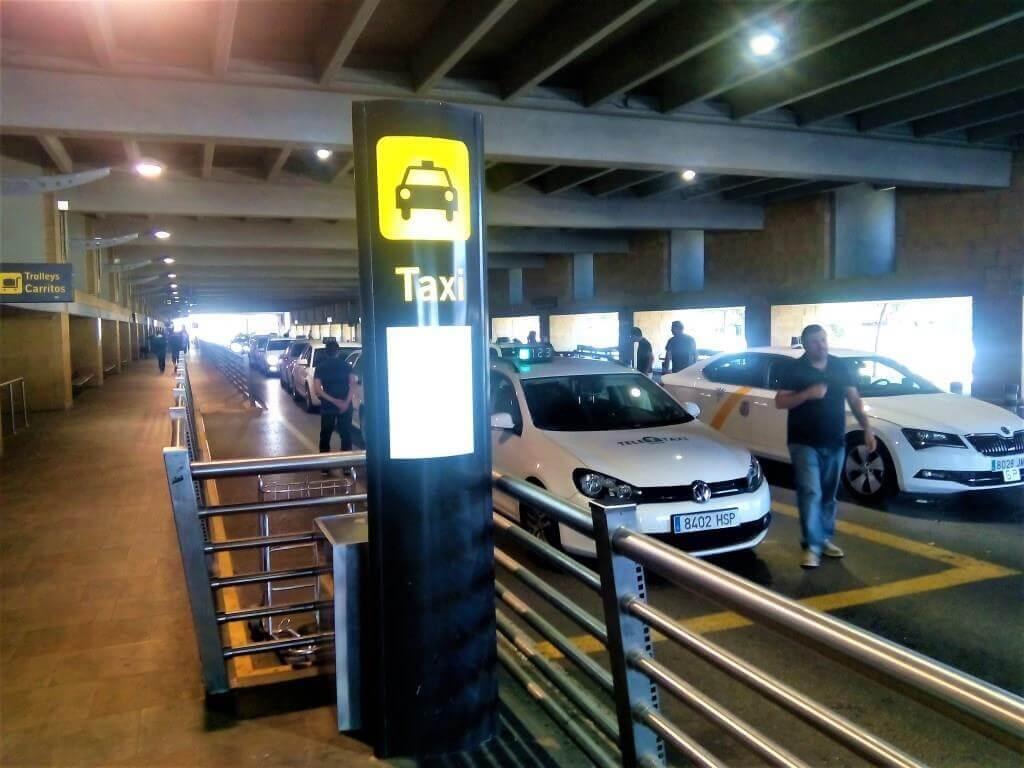 Taxi_Siviglia_aeroporto