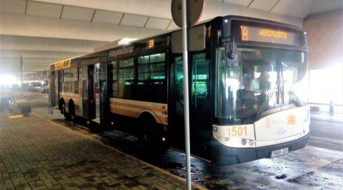 Andare dall'aeroporto di Siviglia al centro: autobus e taxi