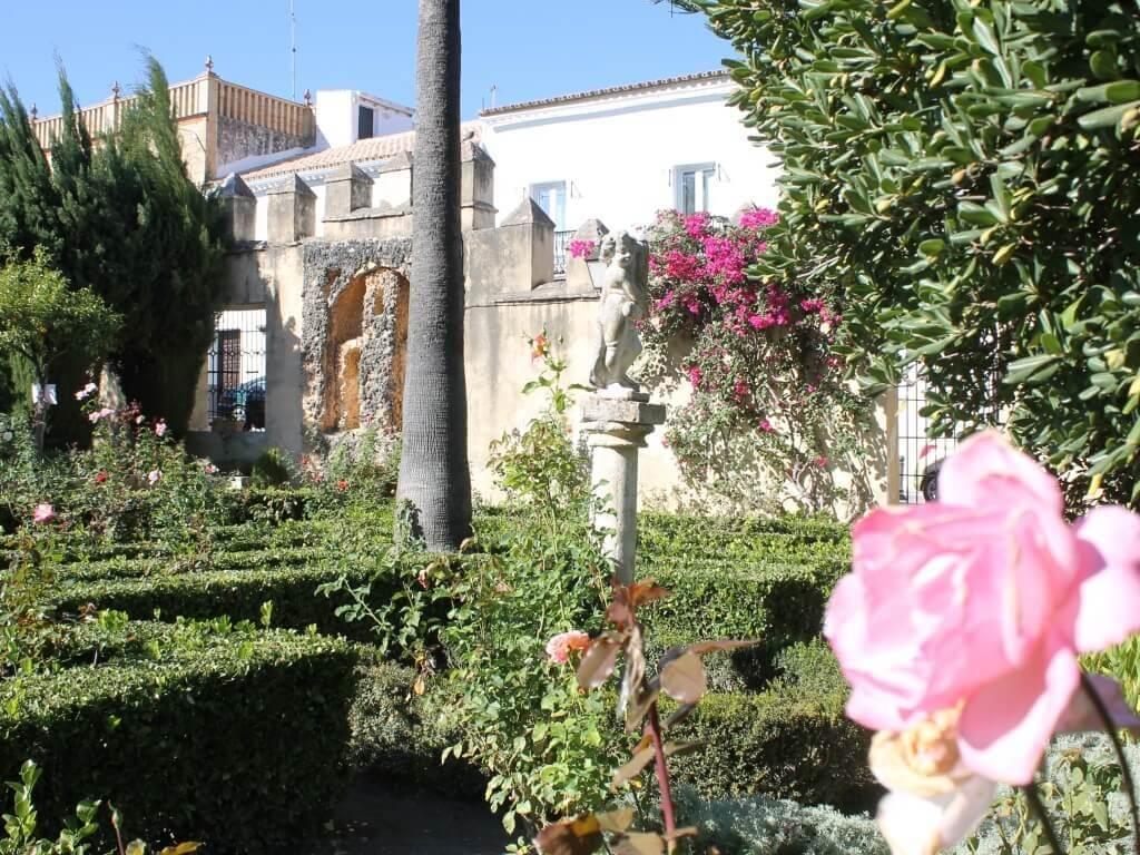 tour_paesi_bianchi_bornos_giardini