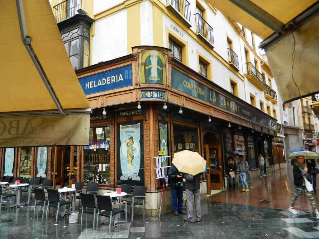 Siviglia_pioggia_campana