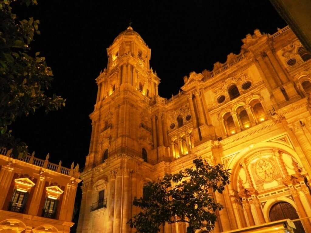dove_dormire_malaga_cattedrale