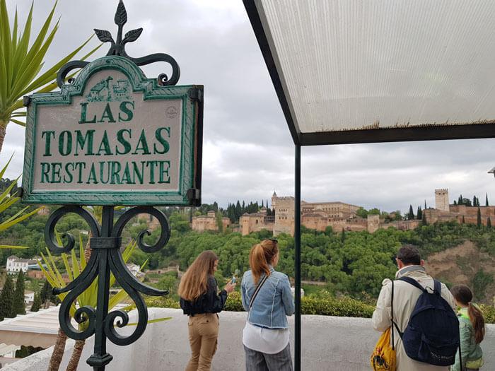 mangiare_granada_las_tomasas