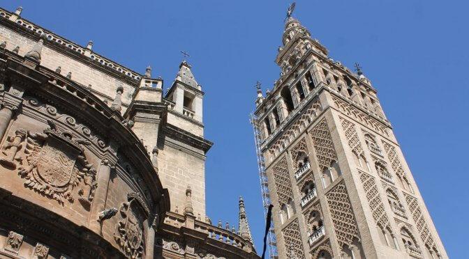 Recensioni assurde sui monumenti d'Andalusia